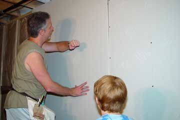Wondering how to hang drywall? This section will provide basic drywall hanging tips to help you as you finish a basement! The remodeling tips and techniques ... & Wondering how to hang drywall? This section will provide basic ...