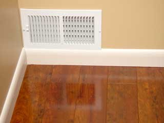 How to install baseboard molding tips for buying for Cost to paint baseboard
